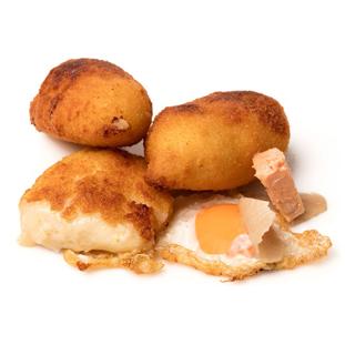 Croqueta de Huevo frito con trufa blanca y foie